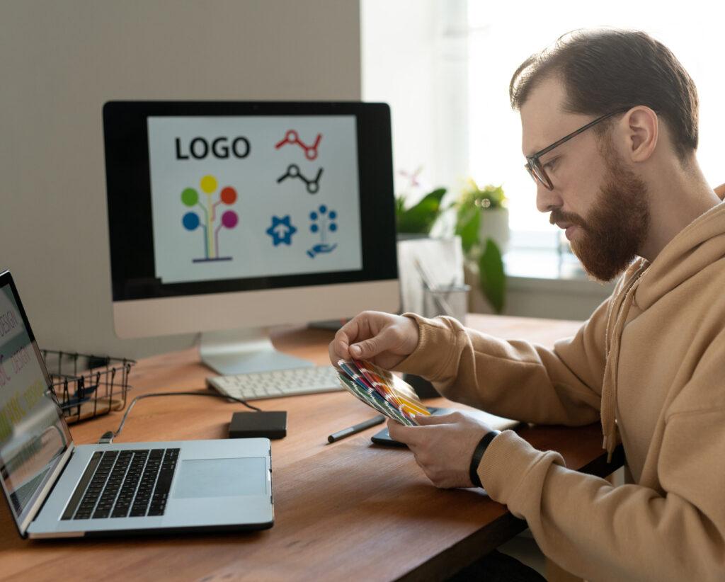 iweb_coding_logo_design